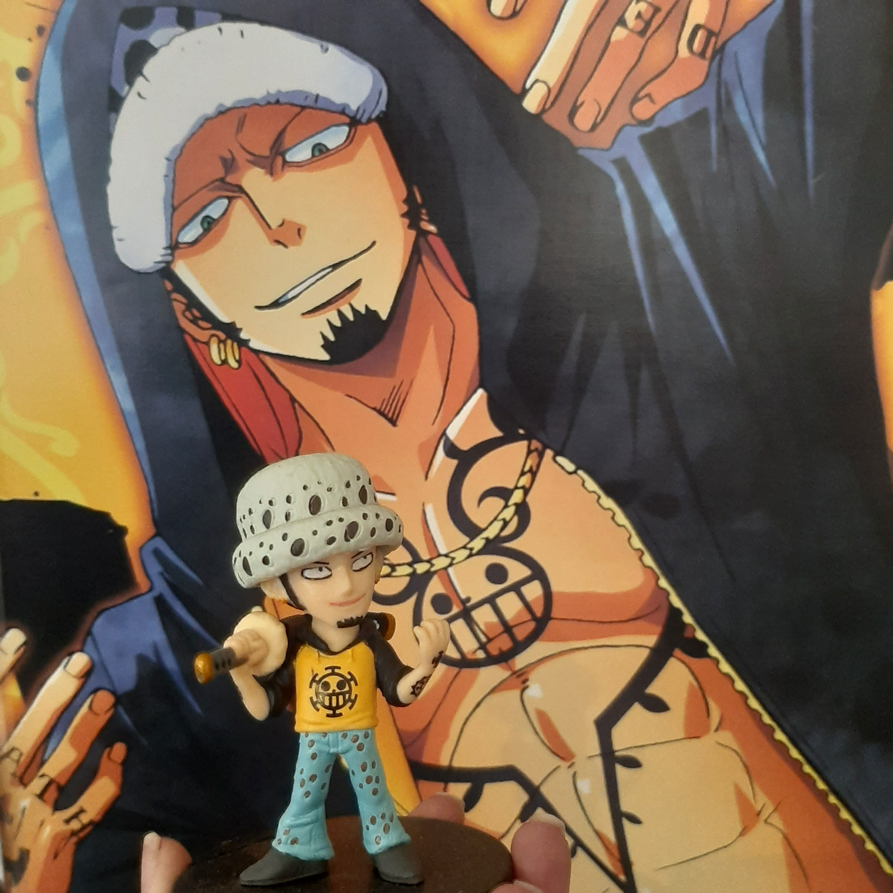 One-Piece-figures-AllAnime-Mag-Law